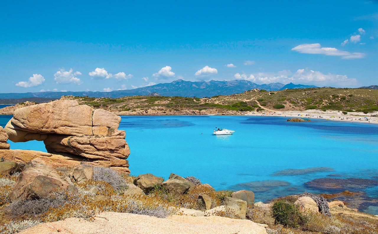 Corse ou Sardaigne, laquelle choisir ?