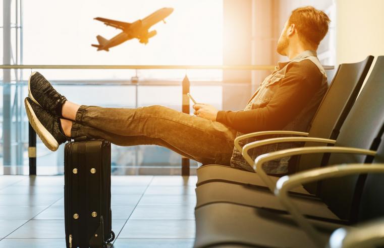 Comparateur de vols, trouver le meilleur billet d'avion avant les vacances estivales