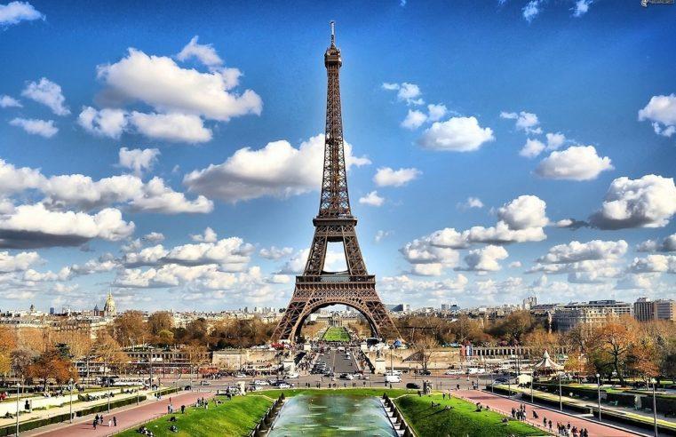 Paris sera toujours Paris pour les touristes