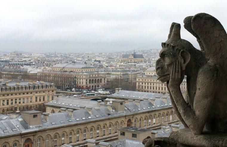 Covid-19 : la mairie de Paris veut mettre en place un reconfinement de trois semaines.